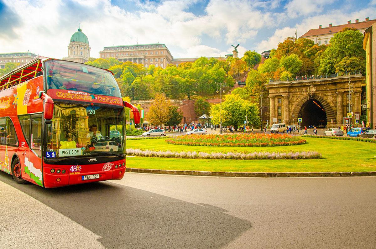 Budapest hop-on hop-off városnéző kirándulások